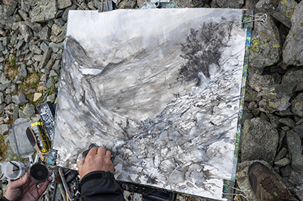 Robert en plein air drawing directly in front of the landscape at Honister Pass, Borrowdale in The Lake District